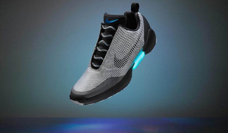 nike-hyperadapt-auto-lacage sneaker